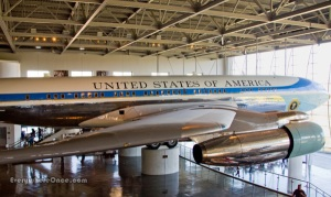 ronald-reagan-library-airforce-one